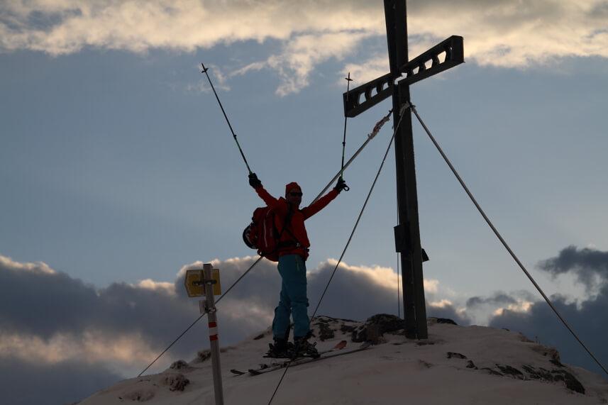 Tagesskitour zum Gipfel des Feldalphorns